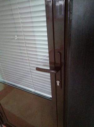 Жалюзи на дверь